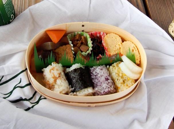 picnic_breakfast.JPG