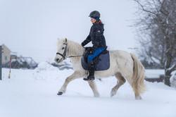 Schnee-Shooting mit Leonie Garten Fotografie