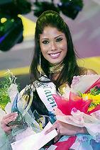 Nicole Faria (1).jpg