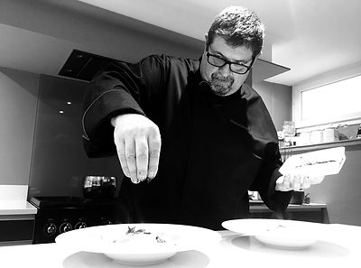 attractivecooking-stephane-roger_edited_edited.jpg
