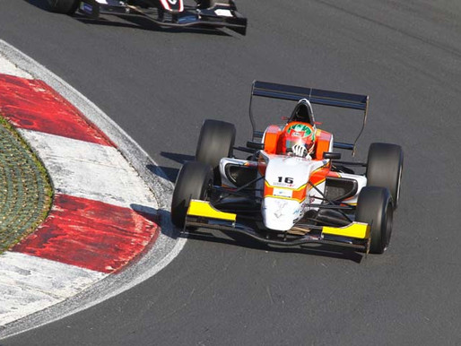 Parth finishes 6th at Formula Renault.