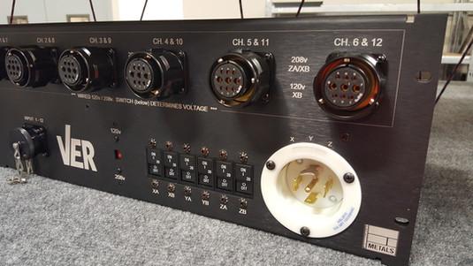 Hybrid Signal & Power - IO box