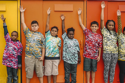 CF fitness kids with hands up la salle