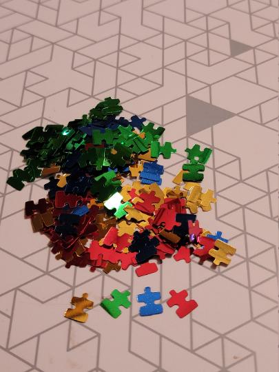 Puzzle Pieces Glitter
