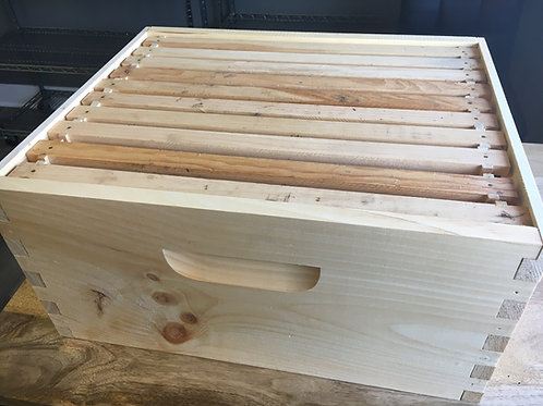 9 5/8'' Deep Hive Body With 10 Frames