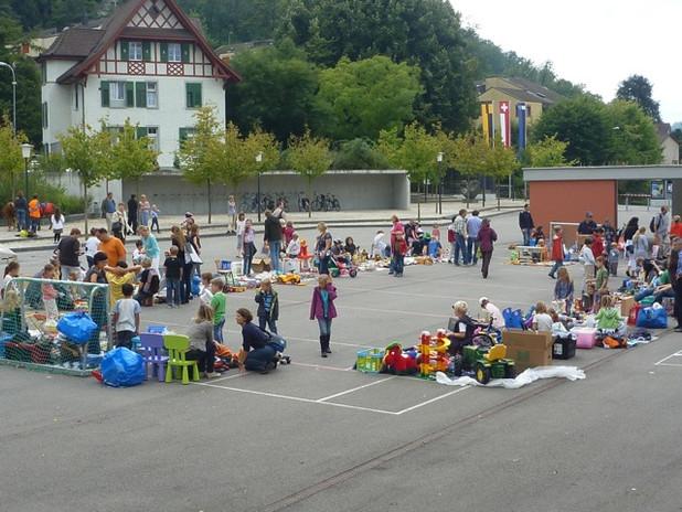 Ennetbadener_Börse_Kinderflohmarkt.jpg