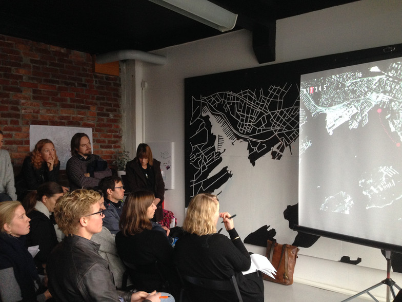 Møte i prosjektkontoret 'Kiosken' på Havnepromenaden i Oslo