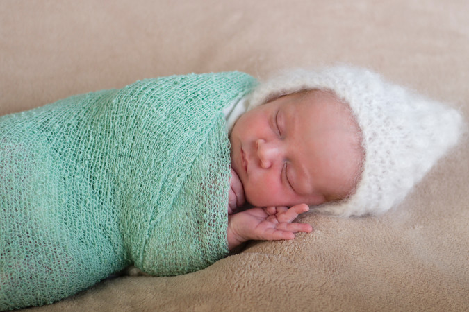 013 Seven_Oaks_Photography_Posed_Newborn