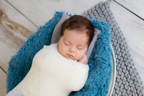 010 Seven_Oaks_Photography_Posed_Newborn