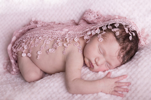 022 Seven_Oaks_Photography_Posed_Newborn