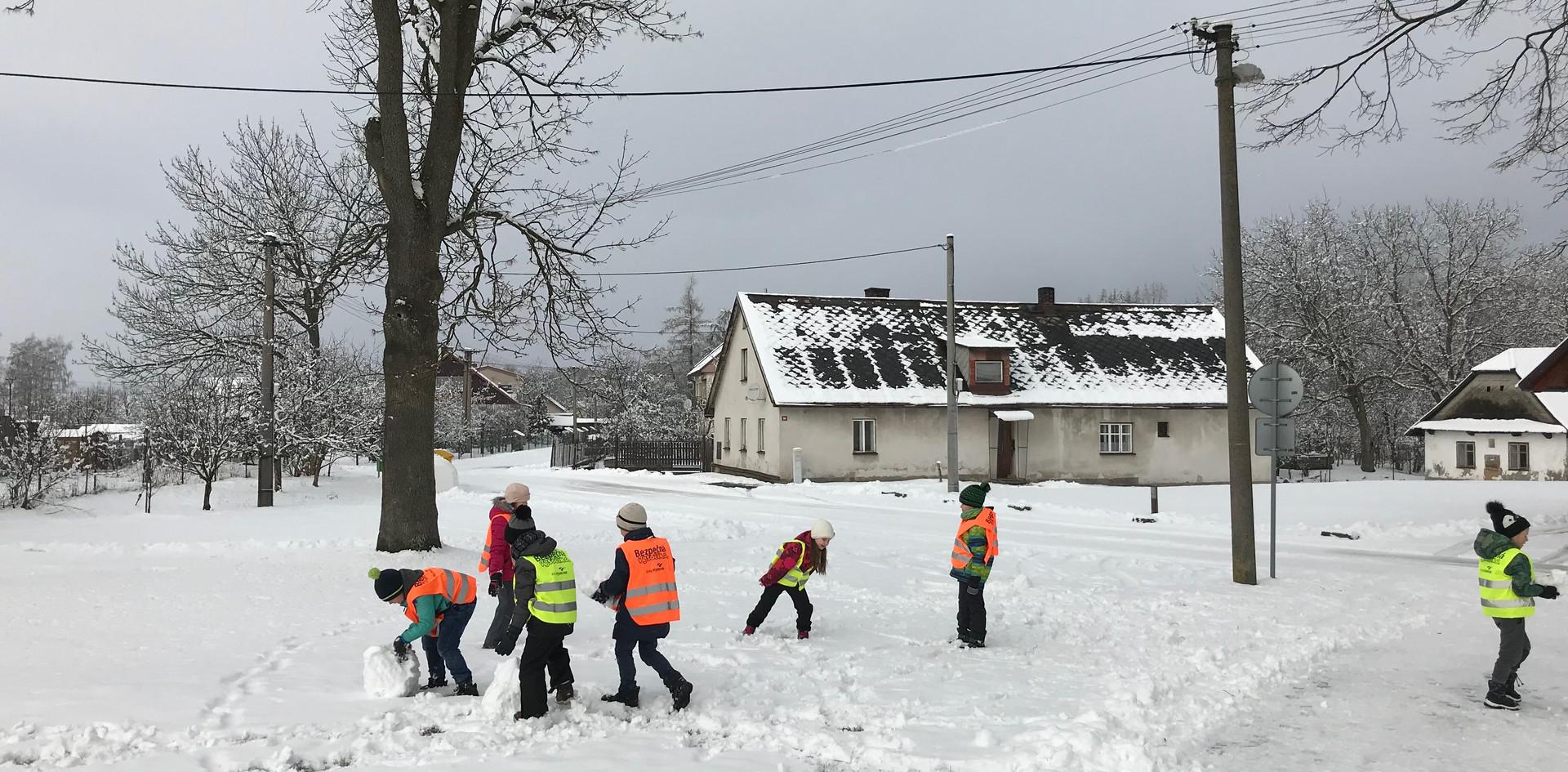 Sníh - Ideální výtvarný materiál