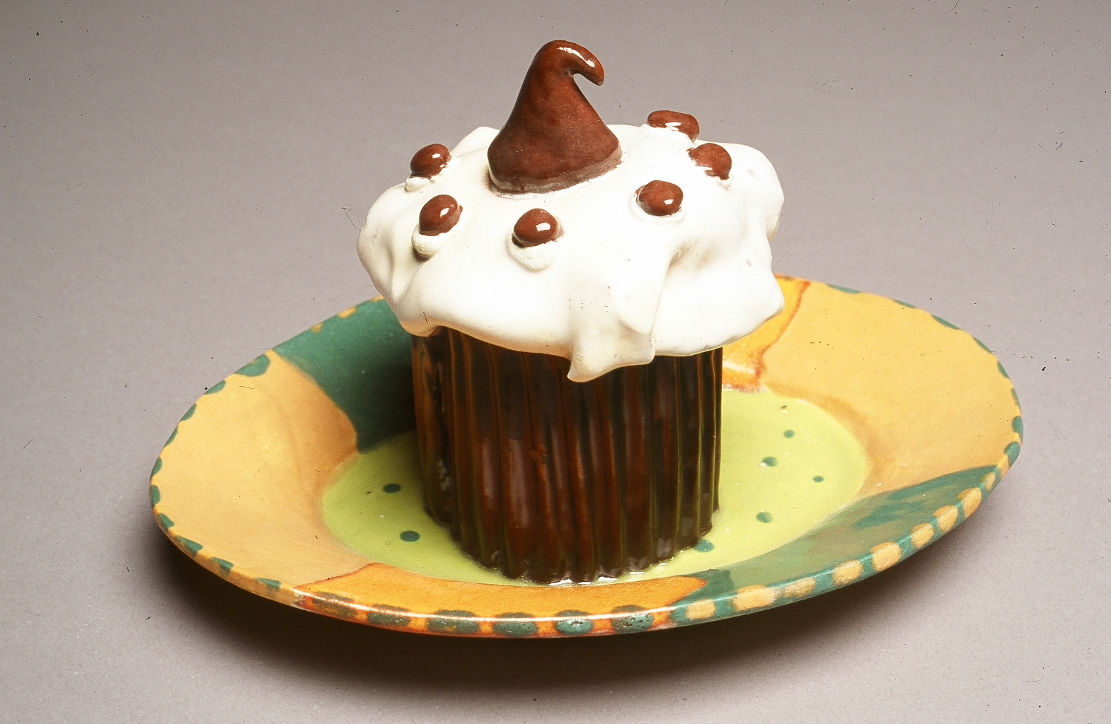 Cupcake with Chocolate Kiss