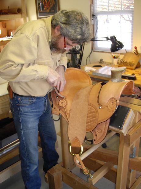 Cache Morse making a saddle