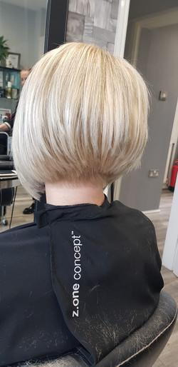 Colour cut & finish
