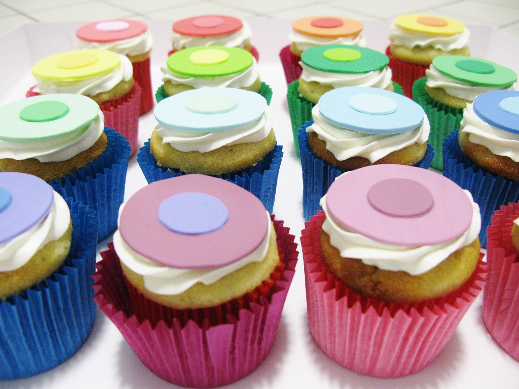 Colour Dot Cupcakes