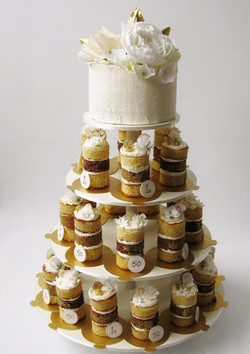 Petites Tower in White & Gold