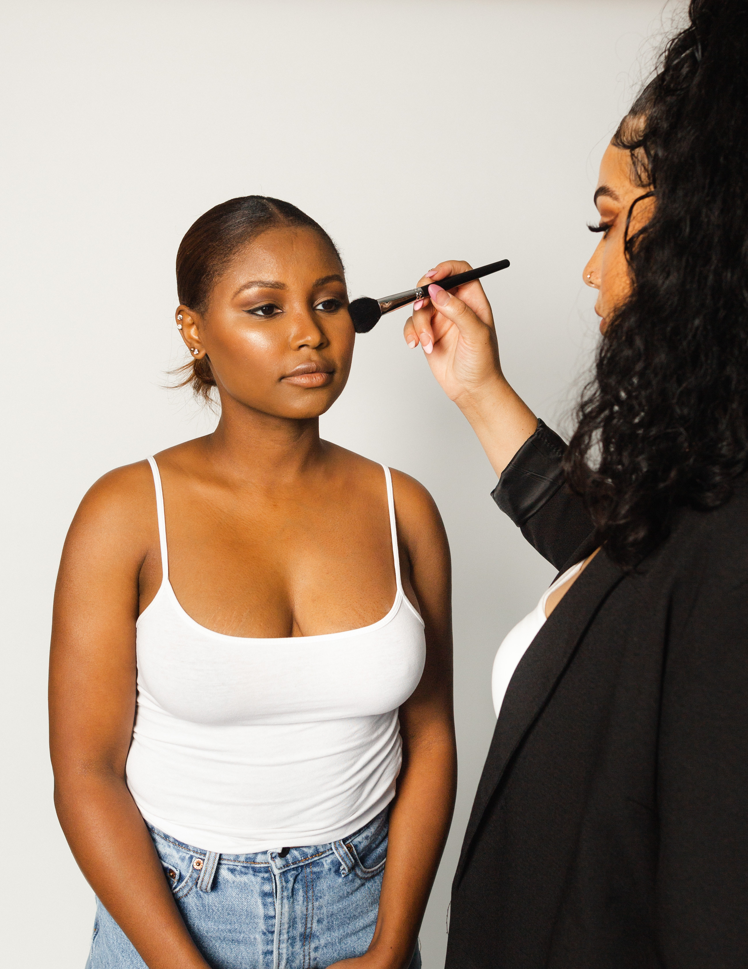 Introduction to Makeup Training w/ Kit