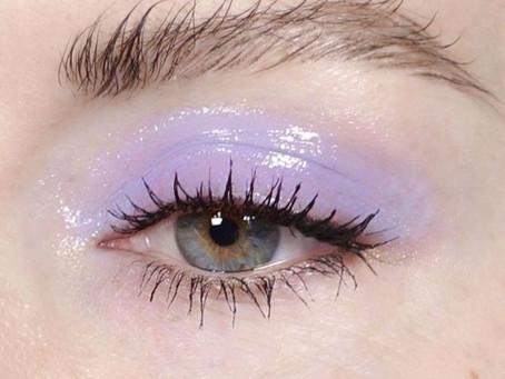 Issa Trend: Glossy Eye Shadow