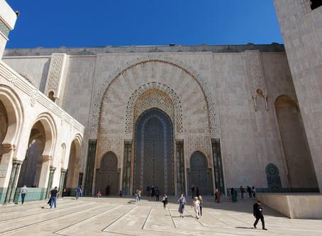 La impresionante mezquita de Hassan II en Casablanca, Marruecos