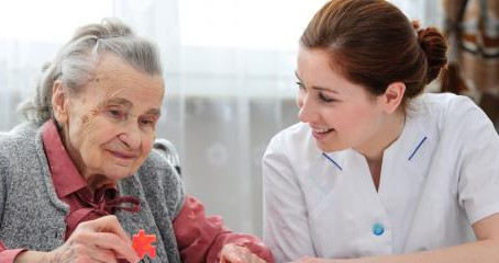 How Alzheimer's Disease & Dementia Differ