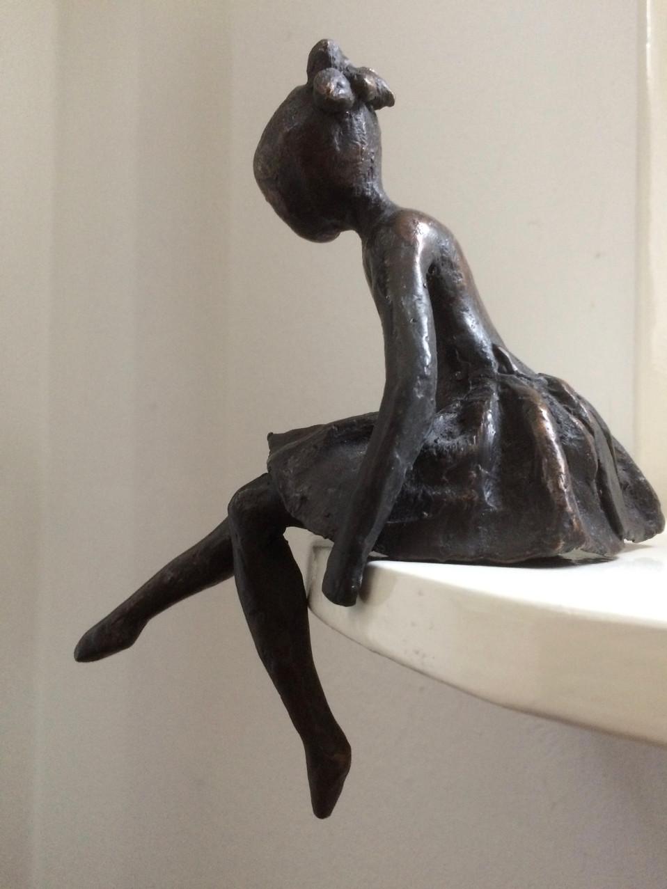Mijmeren_links - brons - 20cm hoog