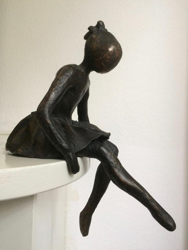 Mijmeren - brons - 20cm hoog