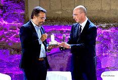Premiazione con il campanile d'argento a Marco Damilano