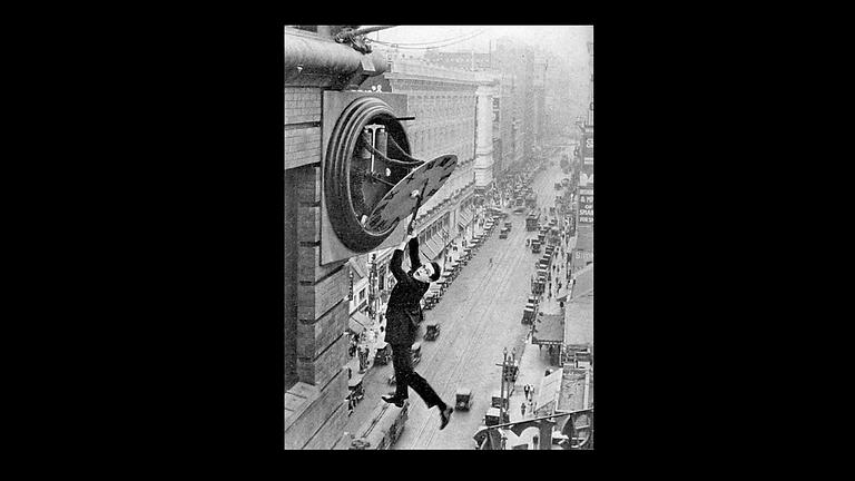 "Harold Lloyd's ""Safety Last"" accompanied by Doug Protsik"