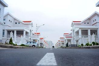 architecture-car-daylight-1475938.jpg