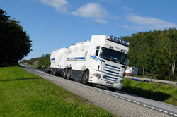 large-fuel-and-gas-truck-on-freeway_SFSlH-eAVo.jpg