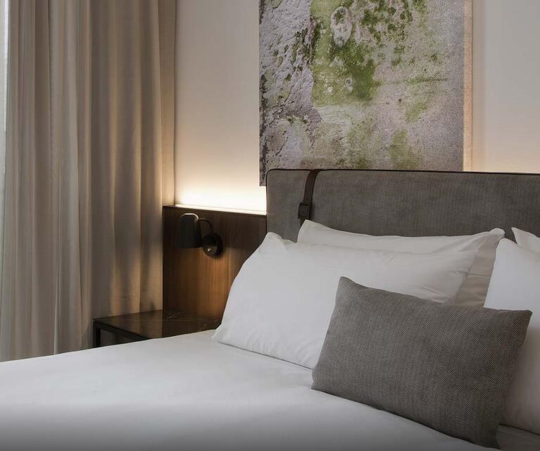 J HOTEL (4).jpg