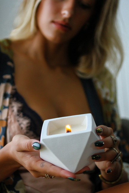 organic geodesic soy candle