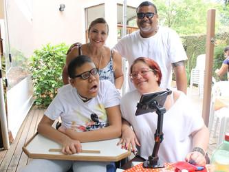 Pablo Guilherme recebe, pela segunda vez, cadeira de rodas doada pela FBT
