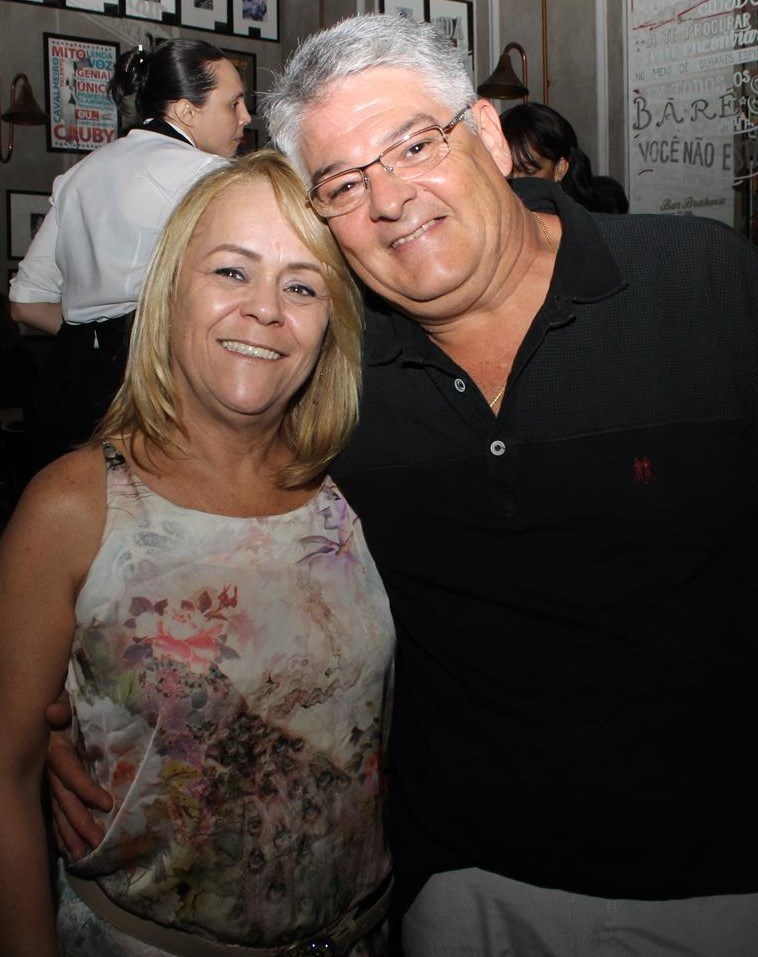 Silvia Ananias e esposo