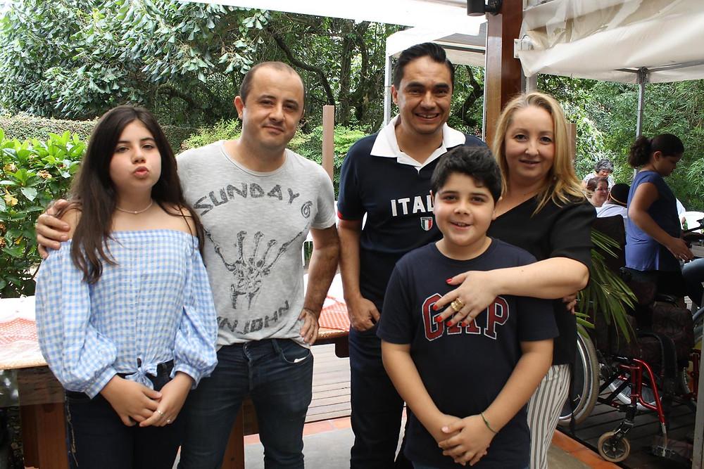 Alan Schiavon e família