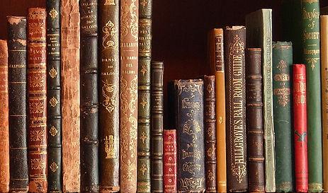 biblioW.jpg