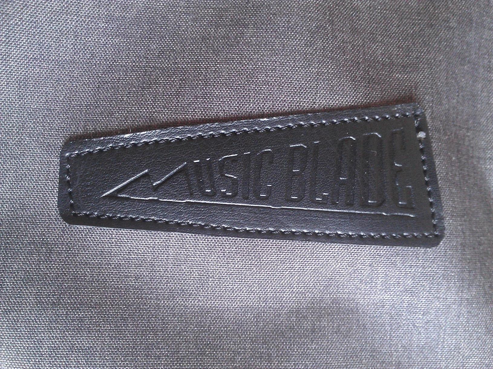 Music Blade label