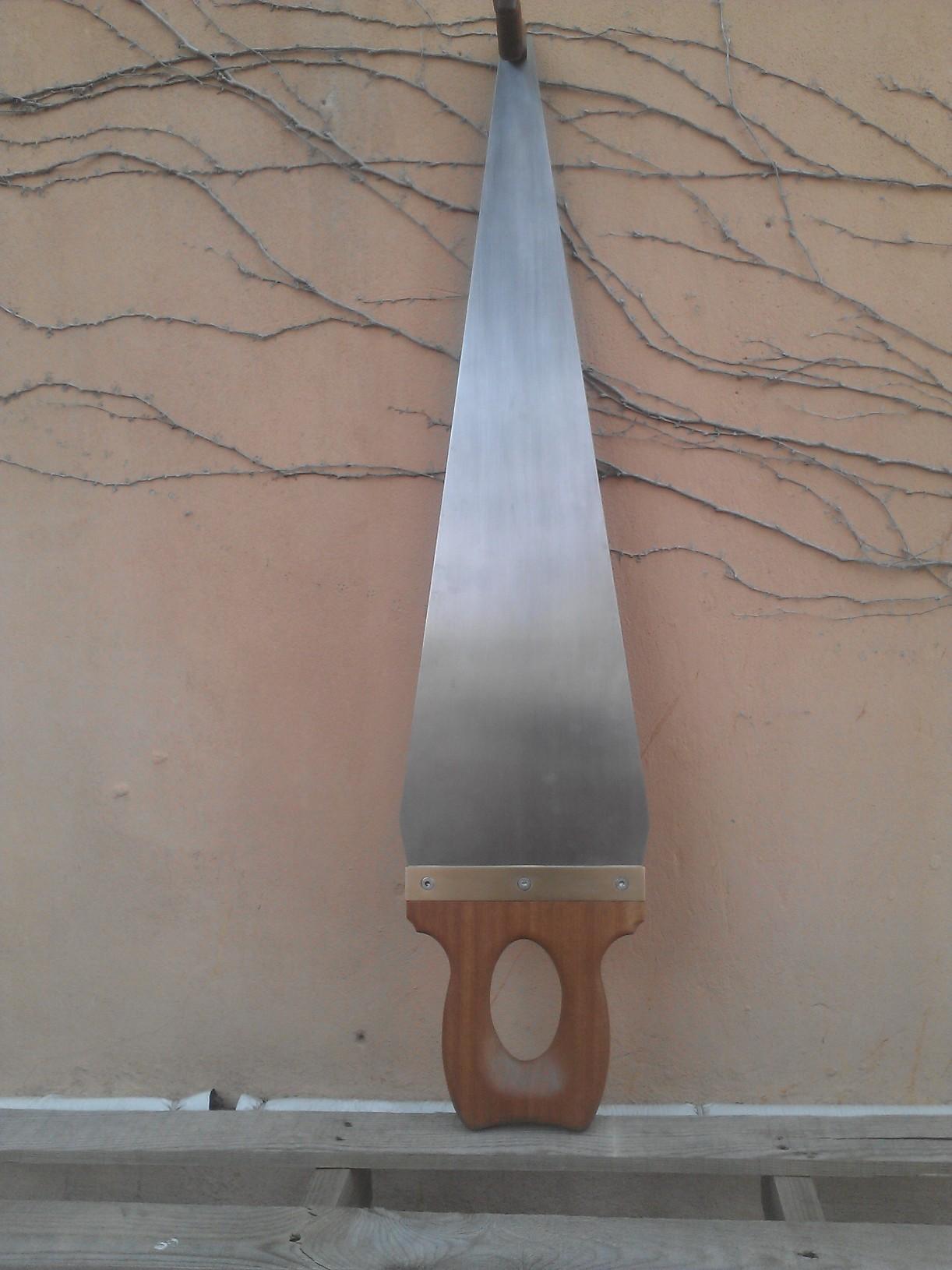 Baritone saw