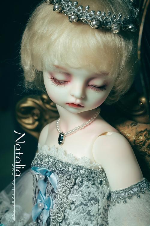 Dollzone 1/4 BB dolls