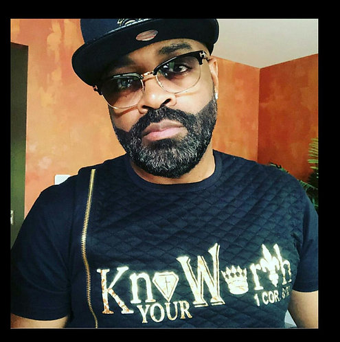 Know Your Worth Shirt w/zipper ( Unisex)
