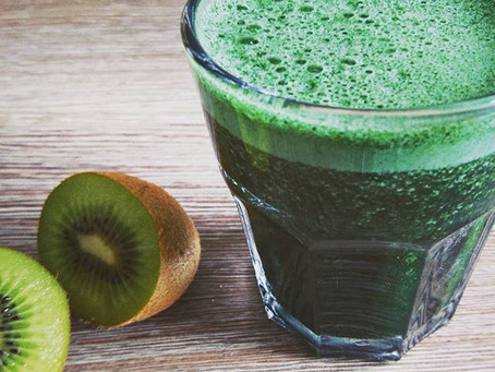 How to get your daily vegan omega 3 fix in this simple delicious juice recipe!