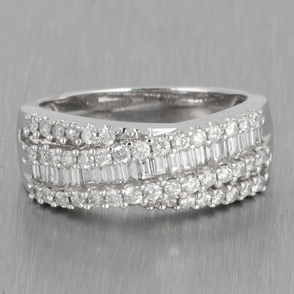 14k White Gold Baguette & Round Diamond Crossover Ring 0.88ctw Size 7.75