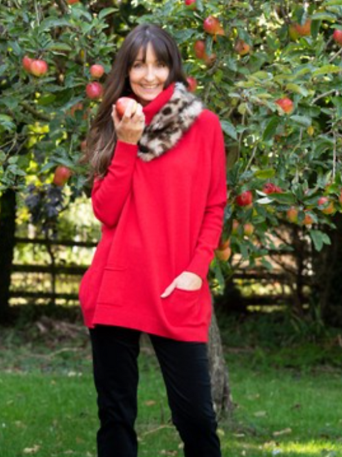 ANNA POLO NECK JUMPER - RED
