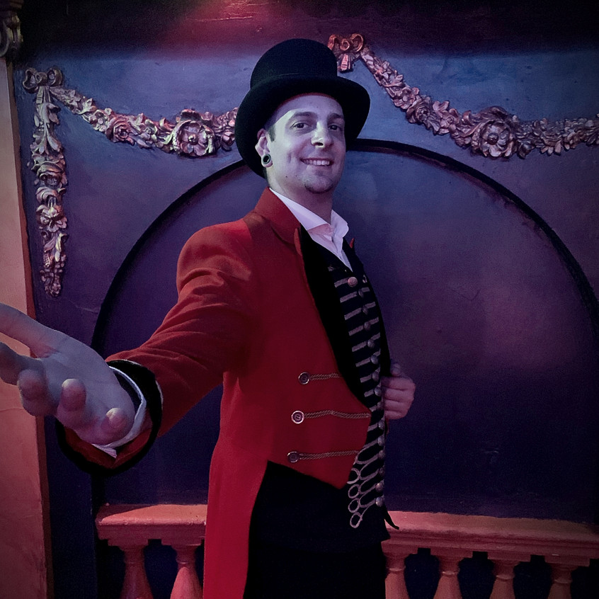 Ringmaster Johnny Strange