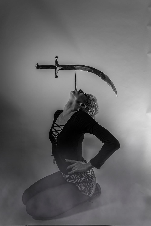 Sword and dagger balance