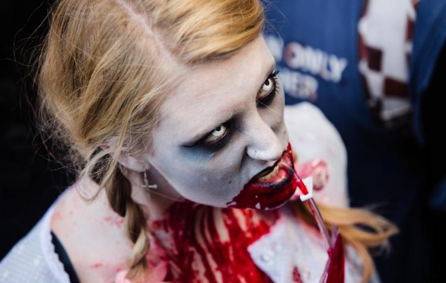 zombies-london-2-2.jpg