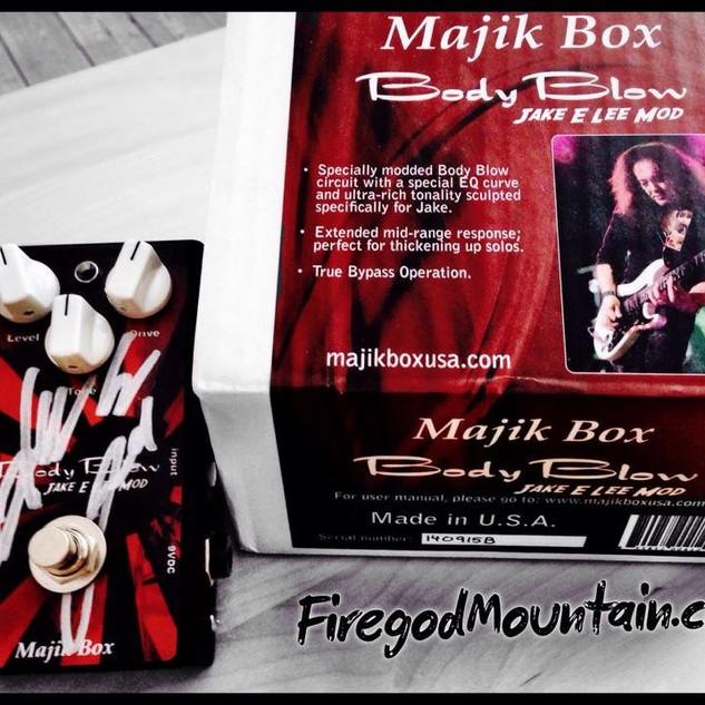 Majil Box.jpg