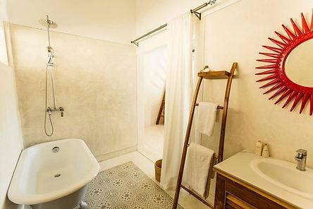 rukgala room bathroom