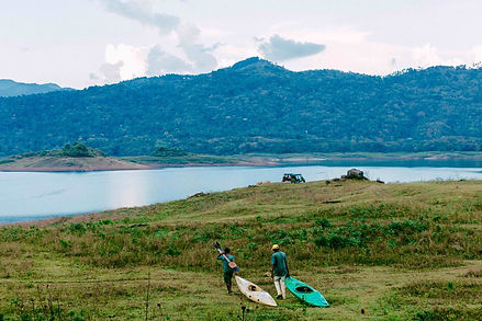lake+kayakers.jpg
