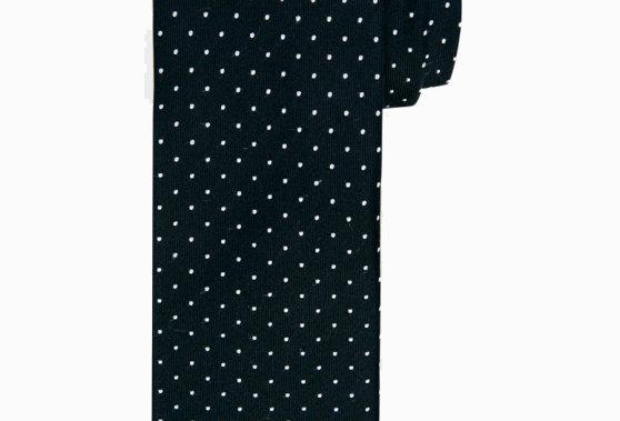 Шелковый галстук с черной точкой
